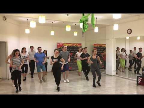 Marta Khanna teaching salsa footwork in Moscow Марта Ханна сальса