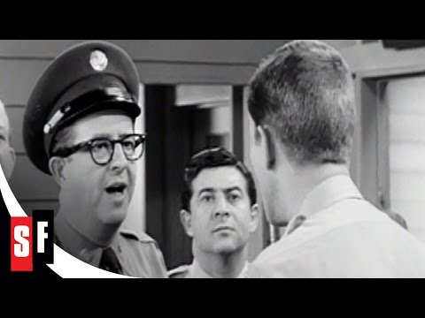 Sgt. Bilko / The Phil Silvers Show (4/5) Doberman Tries to Sell a Rifle (1955)