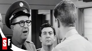 Doberman Tries to Sell a Rifle - Sgt. Bilko / The Phil Silvers Show