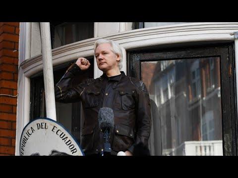 Download Julian Assange arrêté à Londres - Le fondateur de Wikileaks interpellé par la police