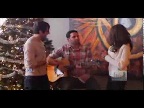 Social Chicago visits Christkindlmarket and Robbie Gold Music