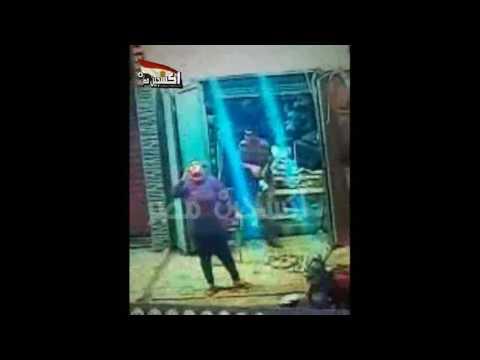 بلطجي يعتدي على فتاة باسلوب الكاراتيه بالاسكندرية