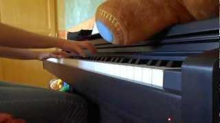 Memory of Mother, de l'anime A little snow fairy Sugar, interprété au piano par moi x)