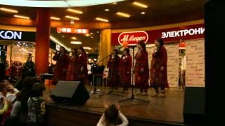 Бурановские бабушки в Саратове(Простите за качество видео, получилось слишком темное(, 2016-03-07T13:09:39.000Z)