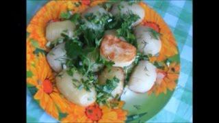 Жареный картофель гармошкой в мультиварке или на сковороде