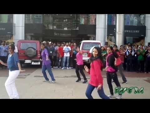 Flash mob at Club 7 Hotel Voyage Tiruvalla - MACFAST Tantra 2k13