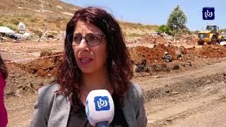 الاحتلال يجرف أراضي في قرية حزما شمال شرق القدس المحتلة - (25-6-2018)