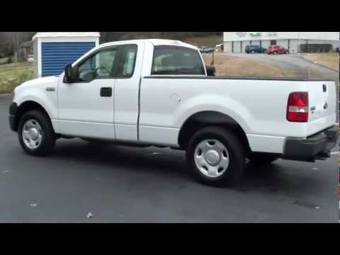FOR SALE 2006 FORD F-150 XL!! 5 SPEED MANUAL!! STK# 11933B www.lcford.com