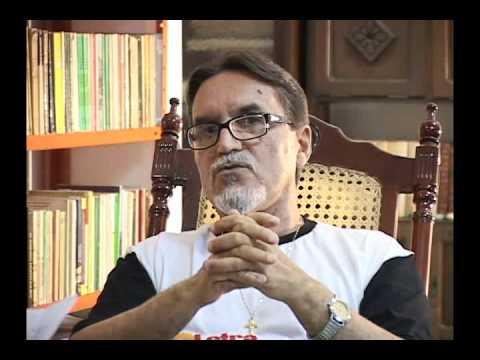 Crítica Poética - Hildeberto Barbosa