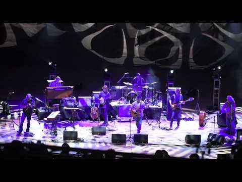 Railroad Earth | Mighty River | Red Rocks Amphitheatre | gratefulweb.com