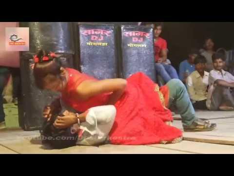 तानी लहँगा उठा के चुम्मा ले ल राजा जी #Bhojpuir Stage Show With Beautiful Nepali Dancer