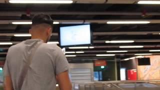 Dans la station Rogier de tram et métro à Bruxelles