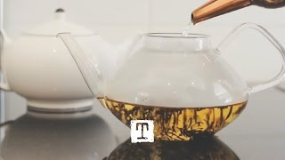 How To : The Art of Making Loose Tea | TEALEAVES(Master the secret of tea sommeliers: make loose tea in the artisanal technique. Steep with an infuser basket, french press, Chinese yixing teapot and the classic ..., 2013-01-09T17:32:20.000Z)