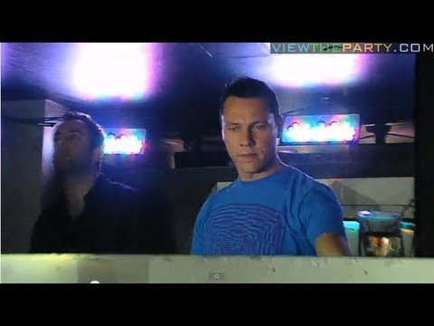 DJ TIESTO LIVE MUSIC @ PINK ELEPHANT (NYC) - 10/05/09 - Part 1 of 3  - HD