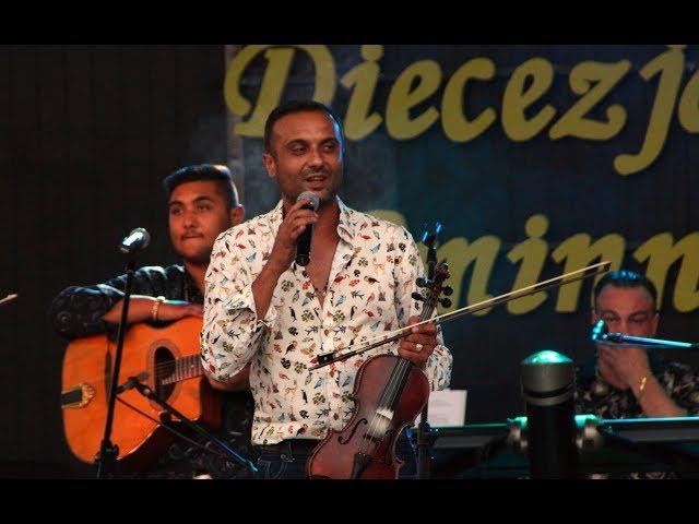 Смотреть видео Dziani i Cygańskie Gwiazdy - koncert w Kramsku 2018 (live)