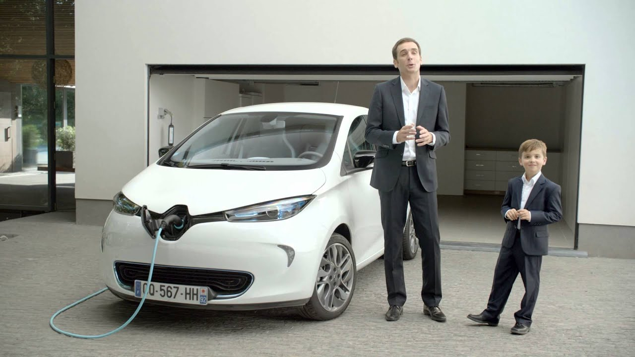 renault zoe frenchtouch youtube. Black Bedroom Furniture Sets. Home Design Ideas
