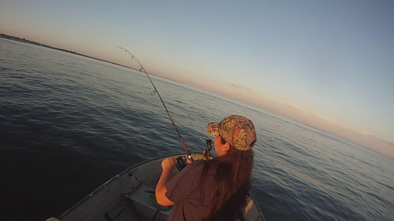 Long island sound fishing youtube for Long island sound fishing report