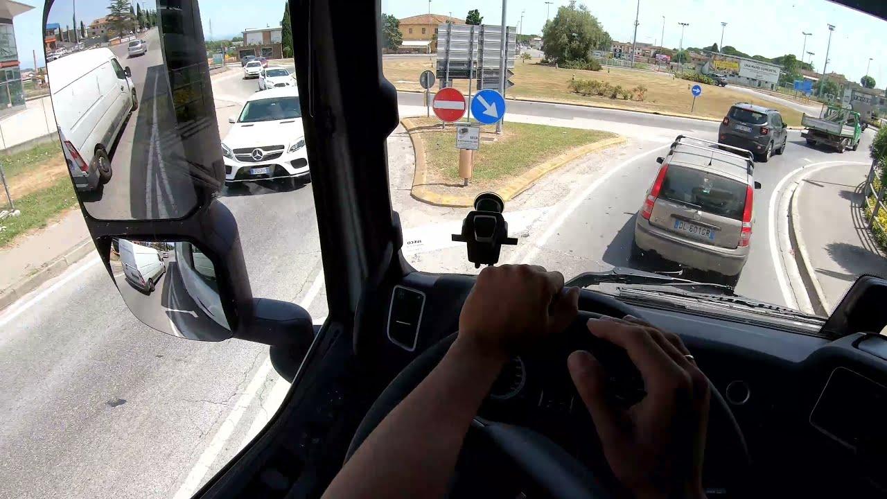 Dagli occhi del camionista #32: RISPETTO RECIPROCO