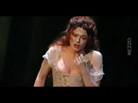"Anna Caterina singing ""Il mio ben quando verra"""