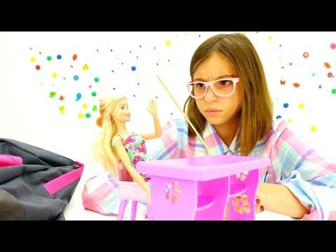 Игры с Барби. Викторина от подружки Вики - играем в школу. Видео для девочек.