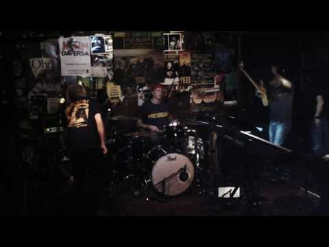 "Chad Smith's Bombastic Meatbats ""Moby Dick"" Live!"