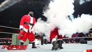 Good Santa vs. Bad Santa - The Battle for Christmas: Raw, Dec. 23, 2013