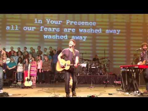 """Paul Baloche, """"Hosanna (Praise Is Rising)"""" at NWLC 2012"""