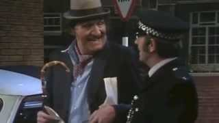 Cooper (1976) | Policeman Sketch - Tommy Cooper Ian Hendry