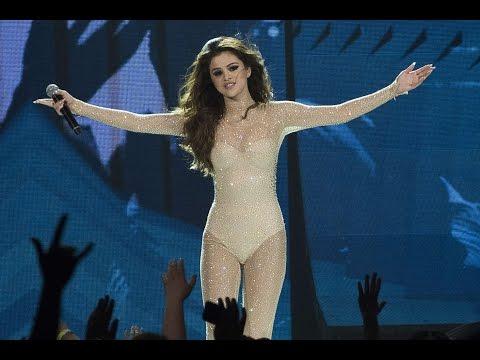 Selena Gomez - Who Says (Full Live Performance)