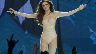Download Selena Gomez - Who Says (Full Live Performance)
