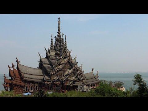 PATTAYA THAILAND   The Sanctuary Of Truth .
