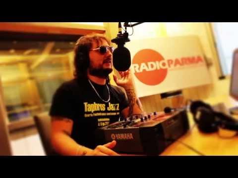 HURA HARA LIVE - Favola del povero e del re @Radio Parma