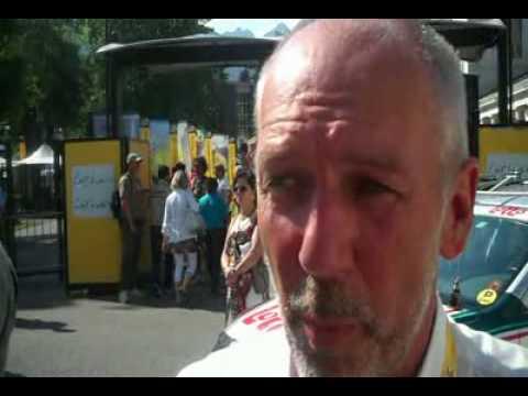 Roberto Damiani, directeur sportif de Van Den Broeck.wmv.MPG