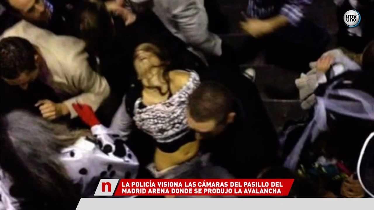 Im Genes De La Avalancha En La Fiesta Del Madrid Arena 1