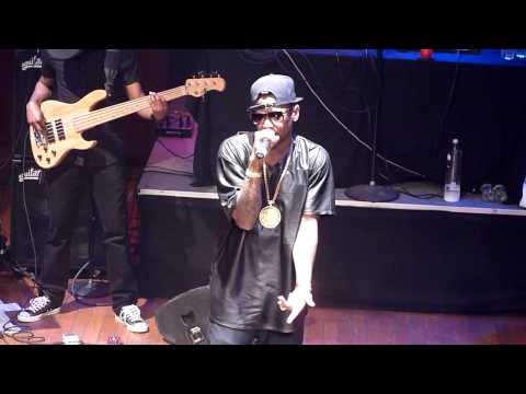 Fabolous - So Into You LIVE!!