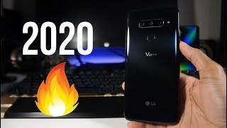 LG V40 ThinQ In 2020! - Extremely Underrated (Review) $240 Budget Phone!