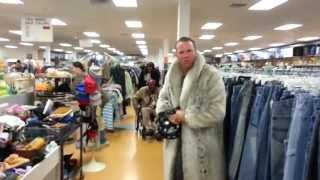 Macklemore - Thrift Shop Parody!