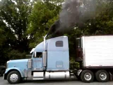 600+HP 14L Detroit Diesel Blowin a little smoke!!