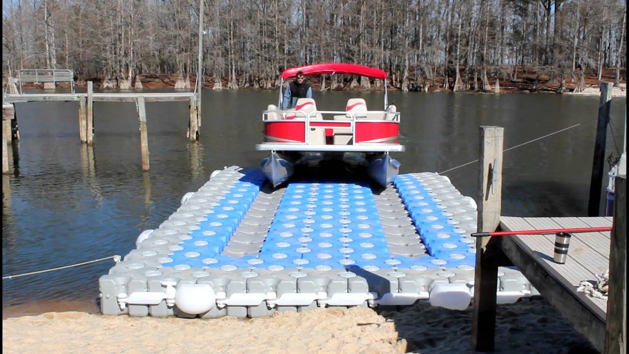 Dock Blocks™ Pontoon Boat Lift (Lake)