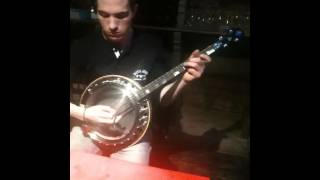 ALL IRELAND CHAMPION CON MAHON PLAYING HIS EMERALD LABASHEE