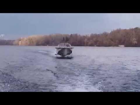 Катер Стрела Волга