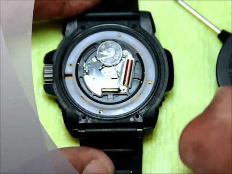 how to change battery in smiggle watch