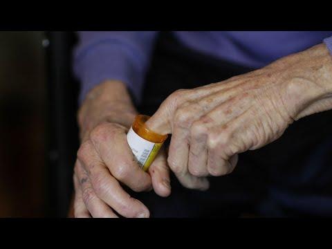 HHS plan would let U.S. import certain drugs