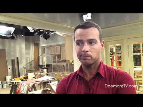 """Joey Lawrence (""""Joe"""") Interview - Melissa & Joey"""