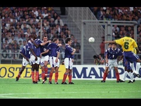 هدف روبرتو كارلوس الخرافي في كأس العالم