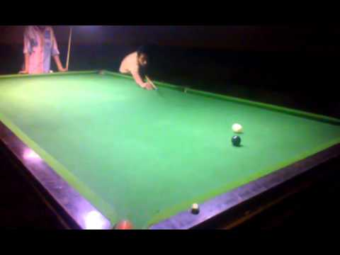Ali from Jhanda ChiChi playing snooker...!