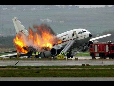 air alg rie crash avion 24 juillet 2014 swiftair 118 personnes a bord actualit youtube. Black Bedroom Furniture Sets. Home Design Ideas