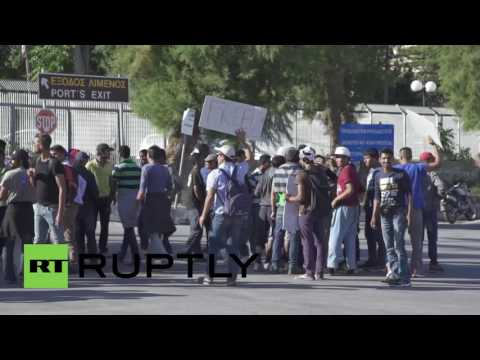 Greece: Refugees from Moria camp stage protest at Mytilene Port