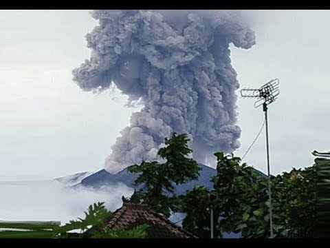 GSM Update 1/12/18 - Agung Erupts - Record Cold & Snow - Dangerous Hail - UFO Files