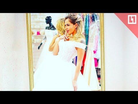Порнозвезда Беркова выбирает свадебное платье (18+)